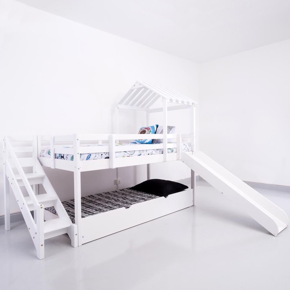 Cama com escorregador infantil c telhado escada de f cil - Mesa auxiliar para cama ...