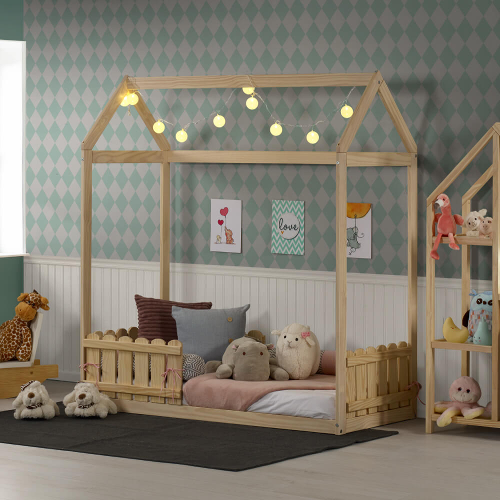 mini cama montessoriana